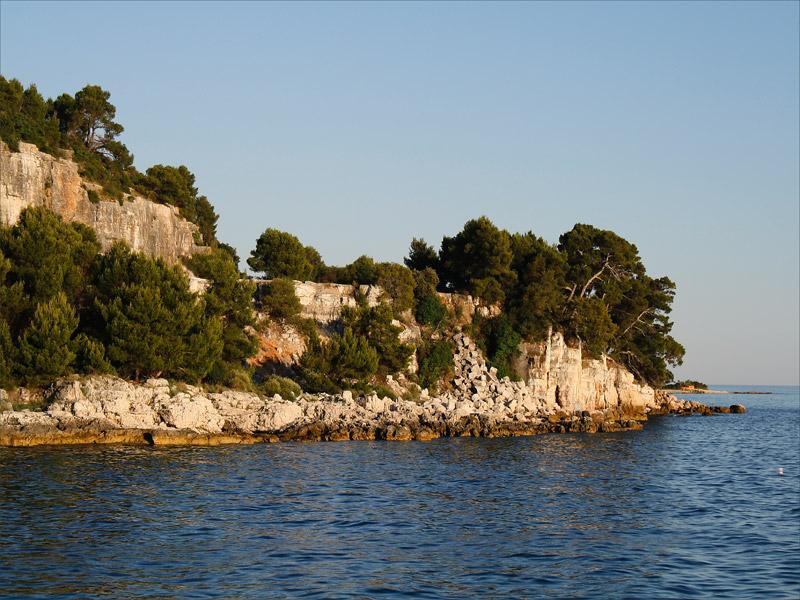 Вид на Красный остров
