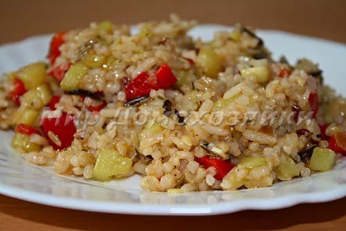 Смесь 4 риса с овощами готова!