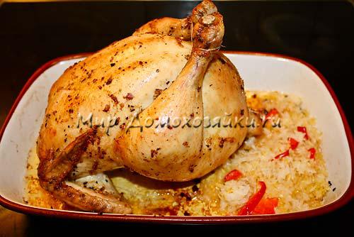 Курица фаршированная рисом готова