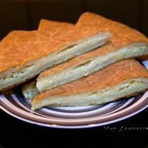 Лепешка с сыром из творожного теста