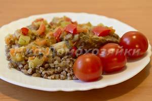 Тушеные ребрышки говяжьи с овощами