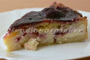 Нежный творожный пирог со сливами