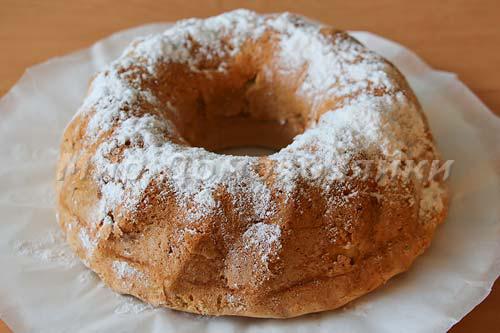 Яблочная шарлотка в форме кекса