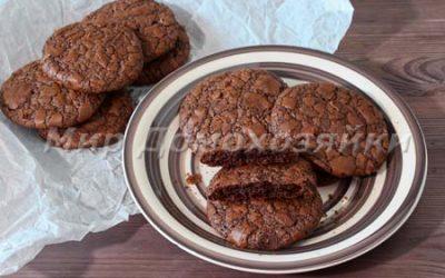 Шоколадное печенье брауни