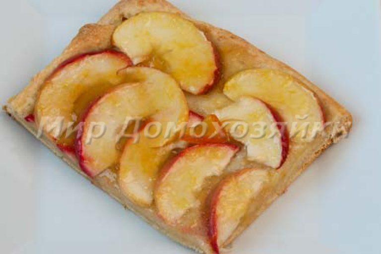 Как сделать пирог из яблок с дрожжевым тестом