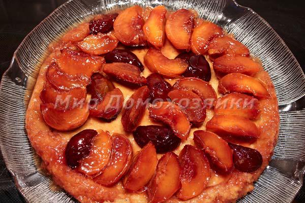 Тарт татен с персиками и сливами