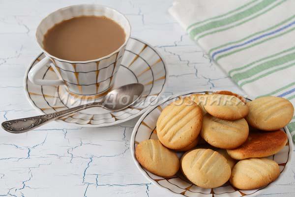 Печенье со сгущенкой готово!